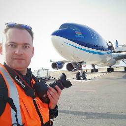 spotting airport plain boing boing787