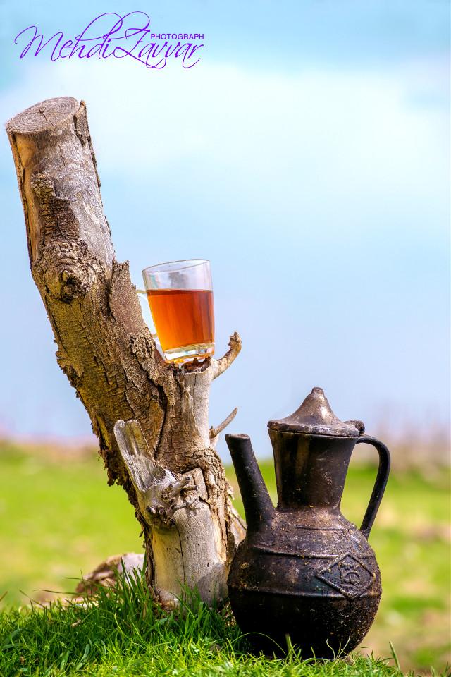 چایت را بنوش نگران فردایت نباش از گندمزار من وتو مشتی کاه میماند برای بادها... #iranian_tea #nature #photograph #nowrooz  #nikon_d5300 #instagram #aks #iranian_drink #ak_30 #tea  #lenzak #teatime #organic #tasty  #13farvadin #چایی #سیزده_بدر  #طبیعت_گردی  #نیشابوریا  #نیکون_d5300 #چایی_زغالی  #عکاسی #عکس_چایی