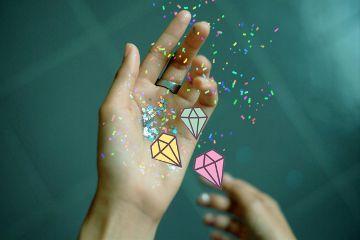 freetoedit hand glitters confetti