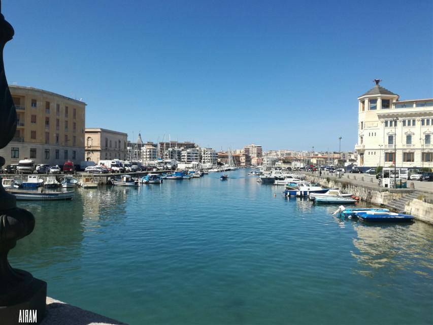 Tutti meritano una vita vista mare #sea#travel  #freetoedit  #cityscape
